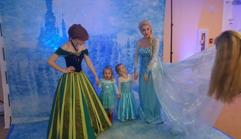 Kids with Princess Frozen