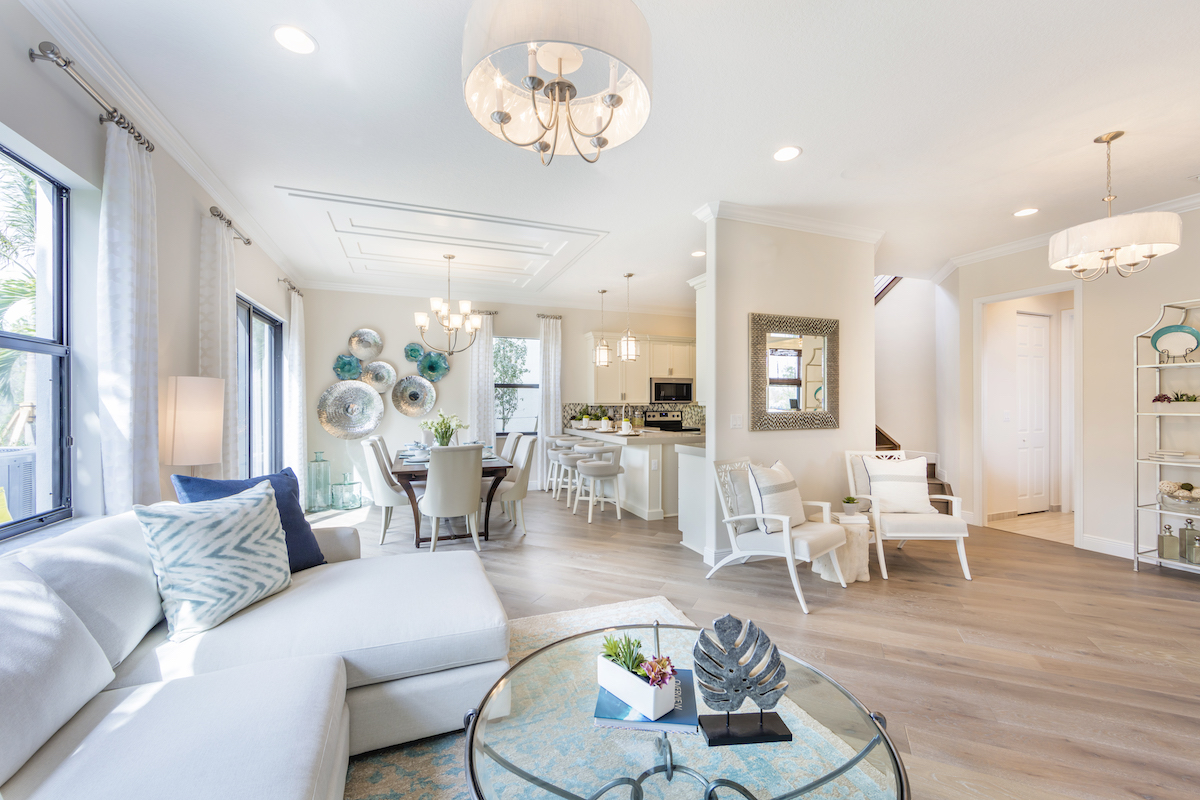 Doheny Silverwood kitchen by CC Homes